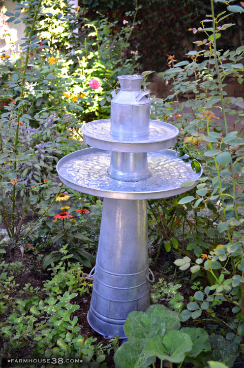 DIY galvanized bucket bird bath kellyelko.com