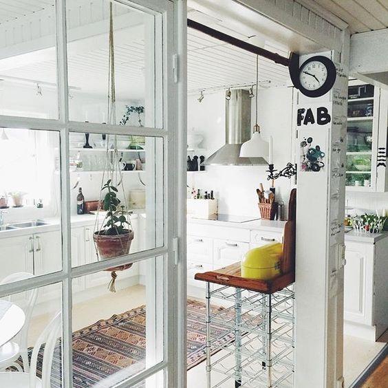 swedish-kitchen-white