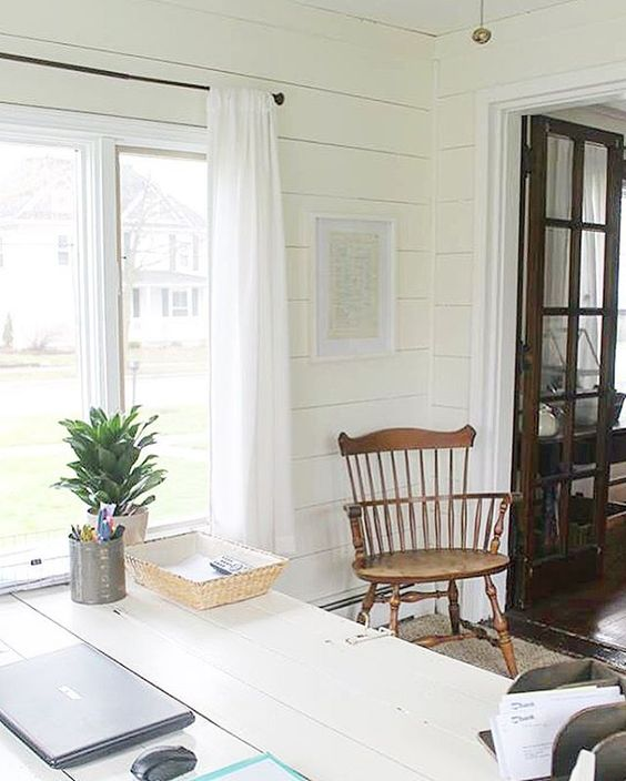 Love the white shiplap walls - they add such texture kellyelko.com