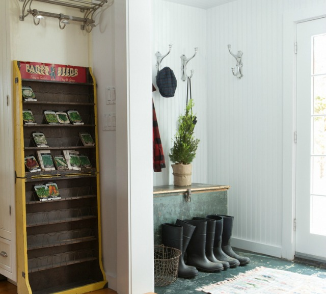 Love this farmhouse mudroom with bead board walls and vintage finds kellyelko.com