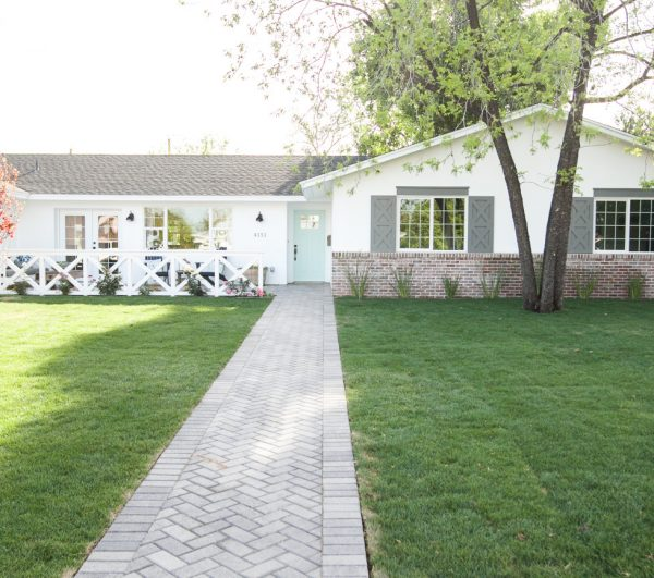 Renovated ranch updated with farmhouse style - you have to see the inside! kellyelko.com