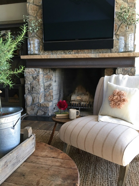 Love the stone fireplace in this stunning farmhouse kellyelko.com