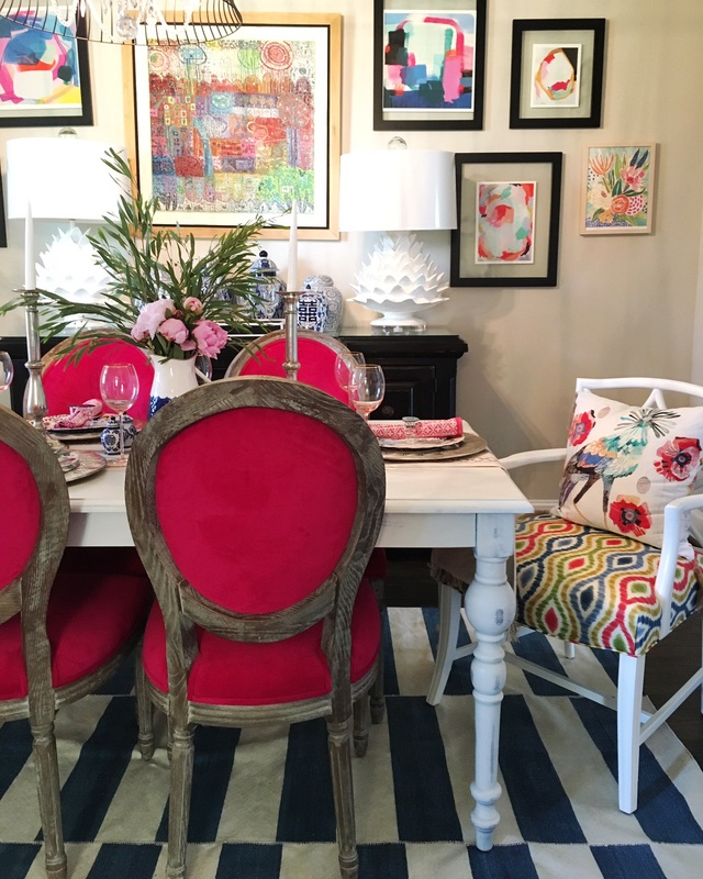 Eclectic home tour shauna glenn design for Fun living room chairs