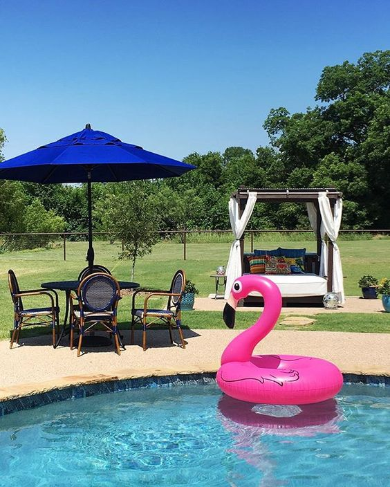 Pink flamingo pool float kellyelko.com