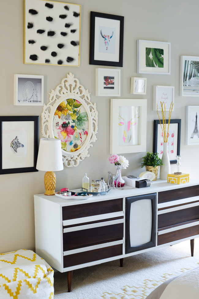 Love this eclectic gallery wall kellyelko.com