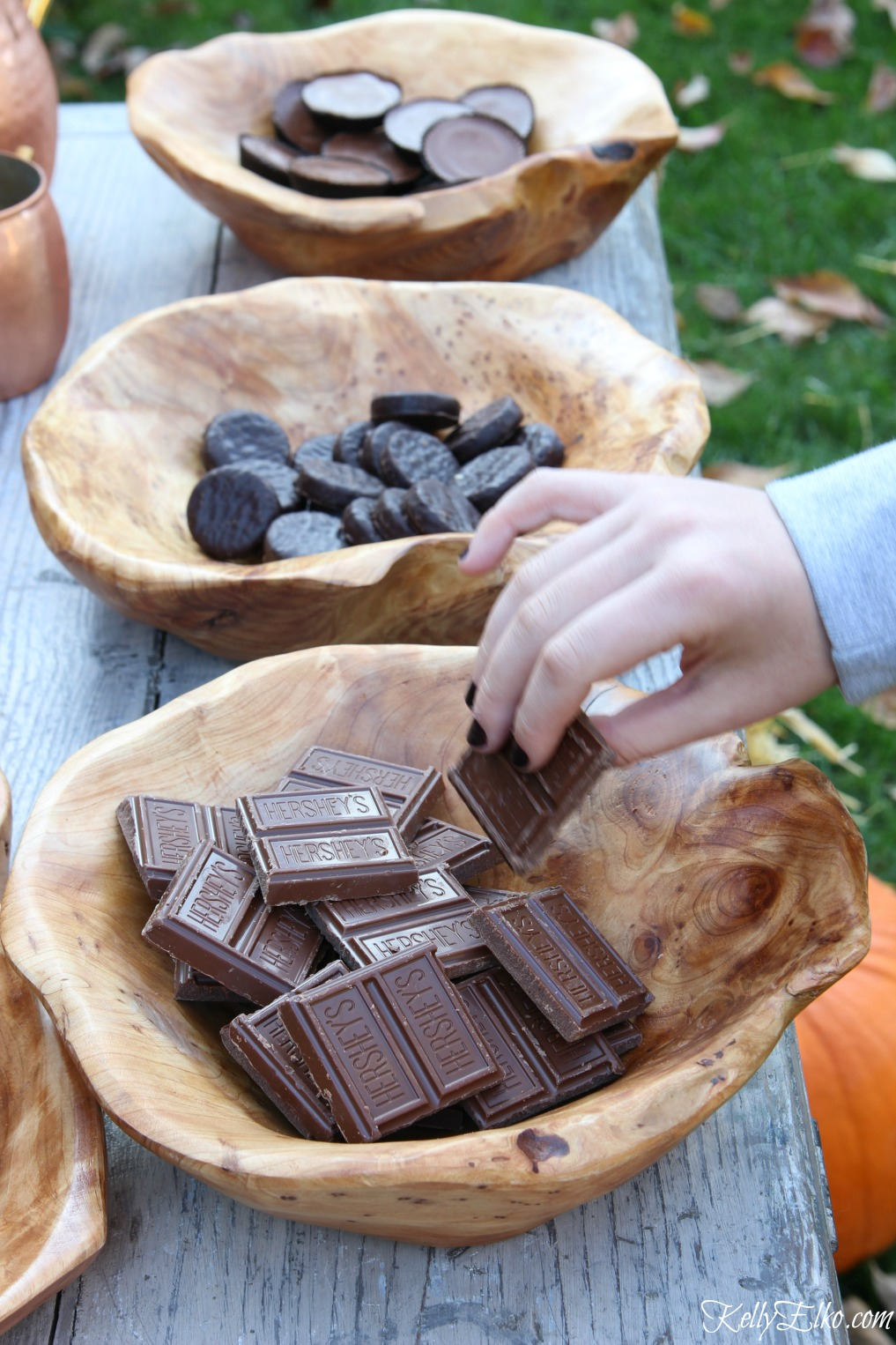 S'mores bar - use a mix of candy in wood serving bowls kellyelko.com