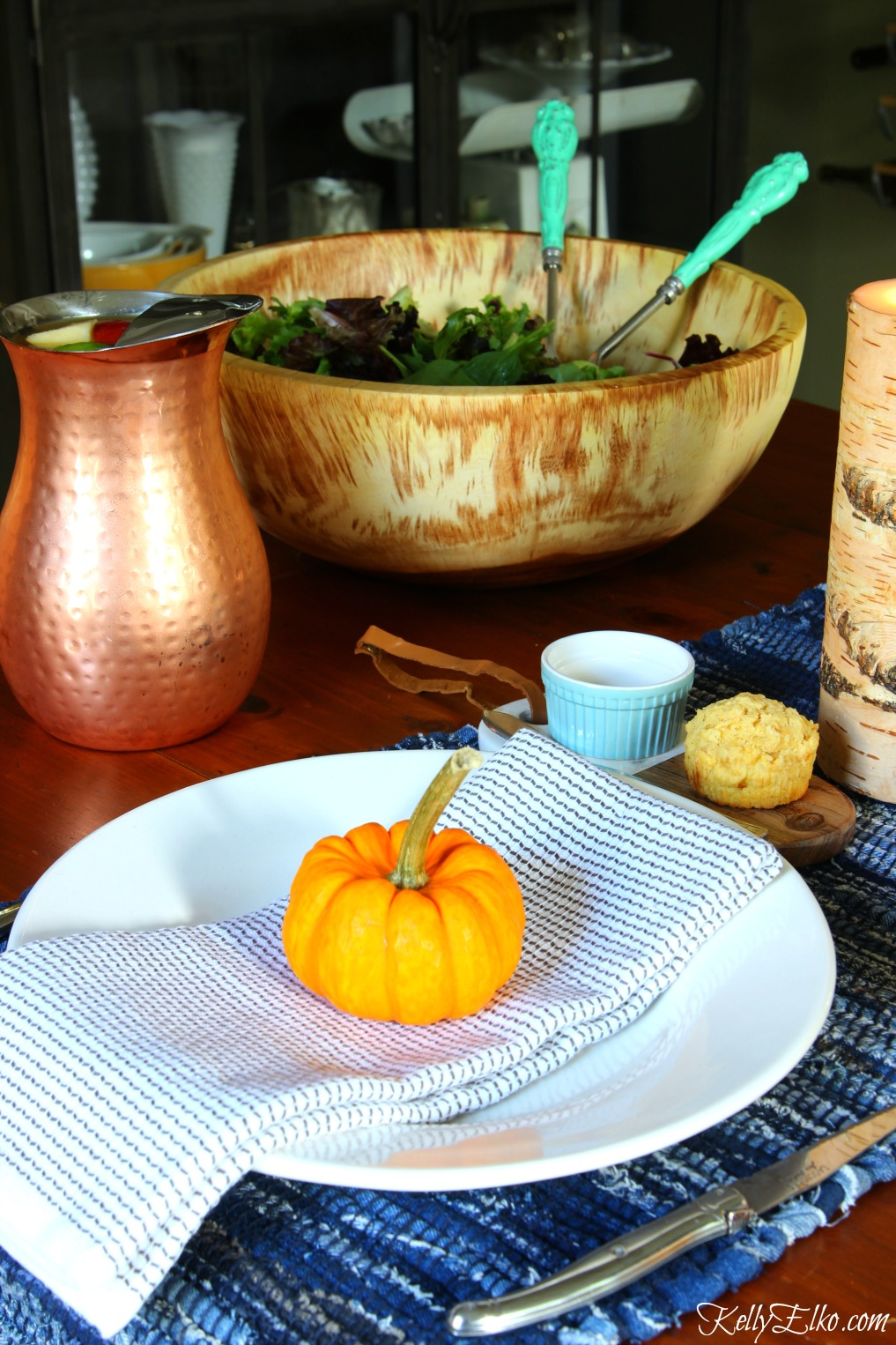 Love the rustic wood and copper on this fall table kellyelko.com