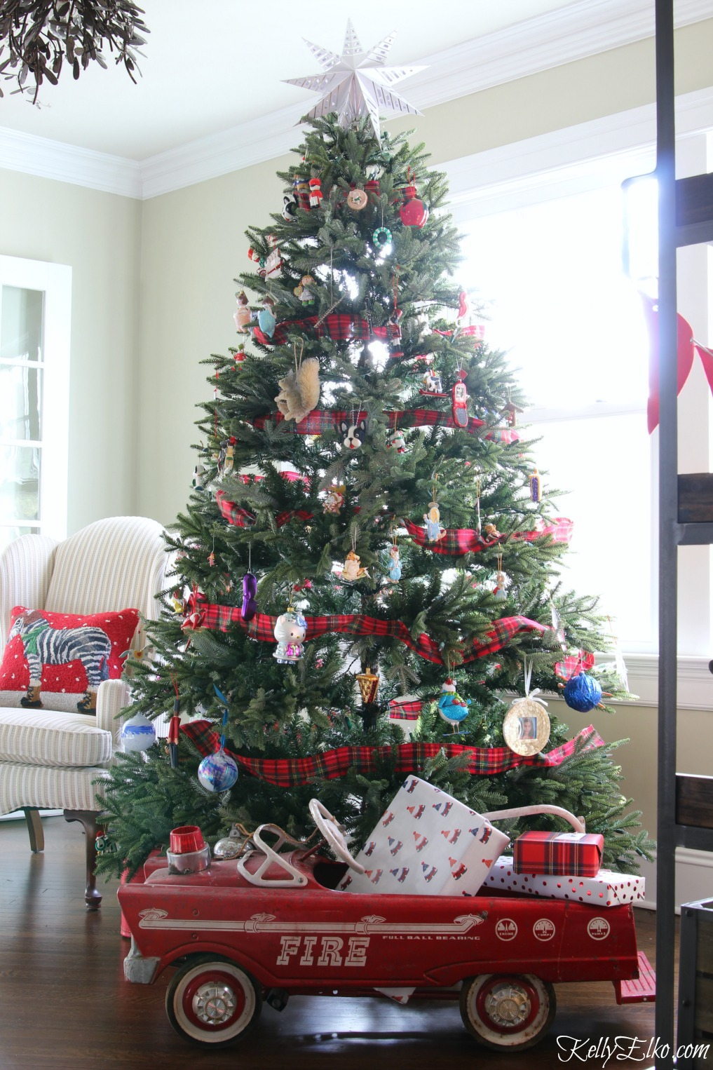 christmas in my family 25 funny christmas jokes tips & gifts  wish your friends and family a merry christmas by sending them these wry and funny  the story of online star register.