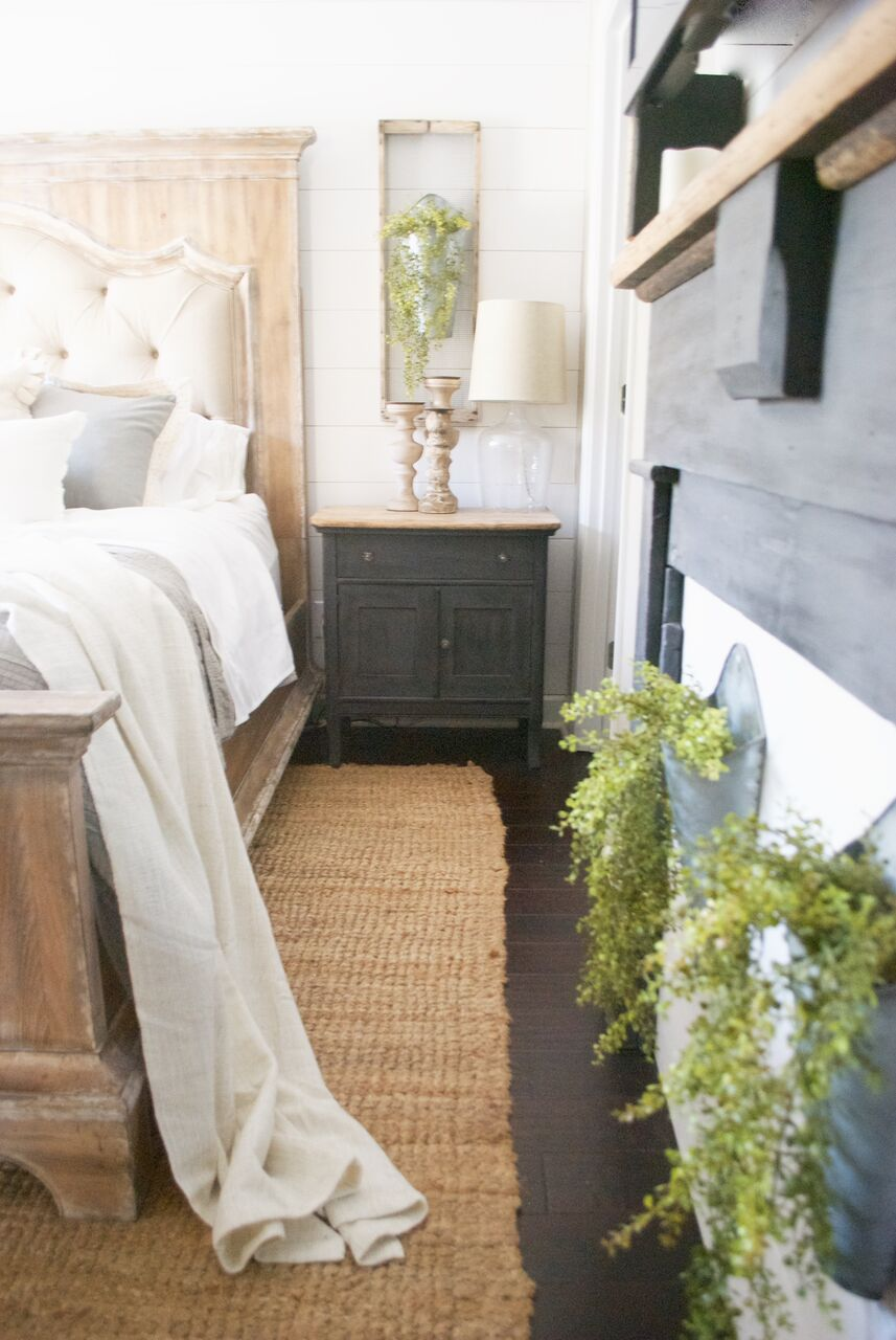 Farmhouse bedroom with tons of texture - love the jute rug