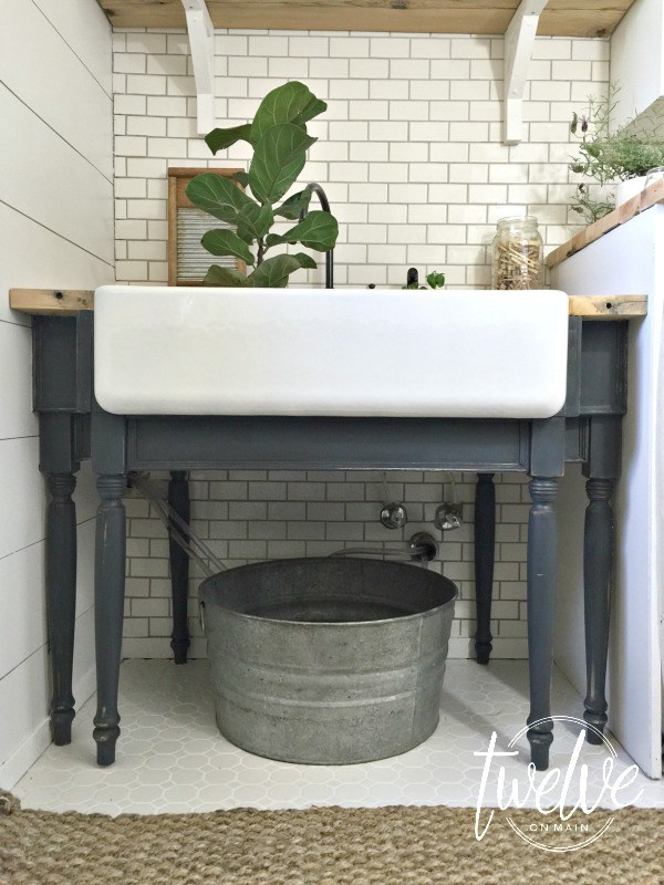 Love this farmhouse sink in the laundry room