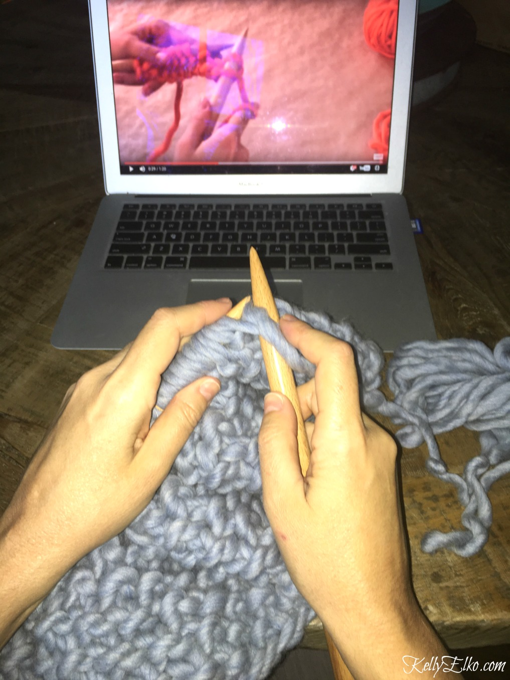 Learn how to knit using these user friendly videos that make it so simple! kellyelko.com