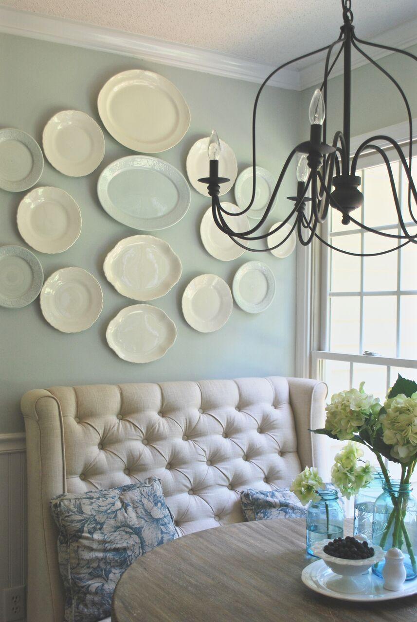 white-plate-wall-kitchen