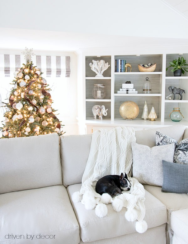 Excellent Blogger Christmas Pets And Their Festive Homes With Festive Home  Decor