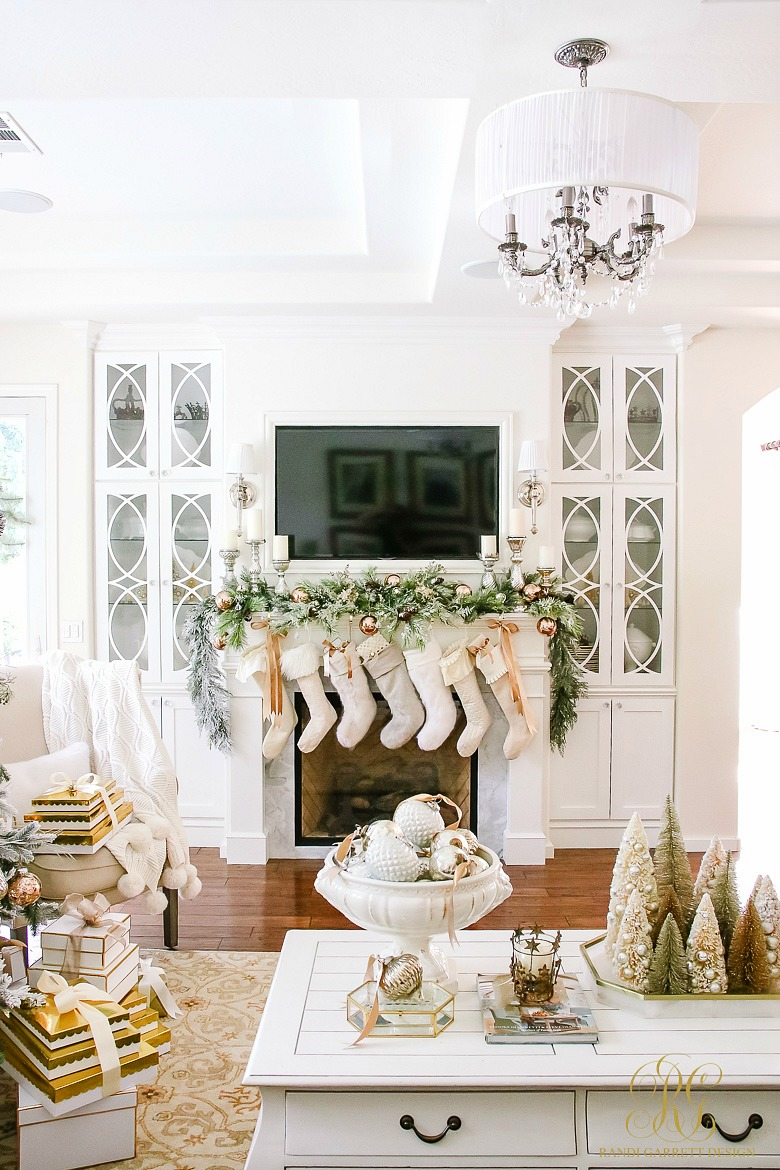 Christmas Home Tour of Randi Garrett Design kellyelko.com