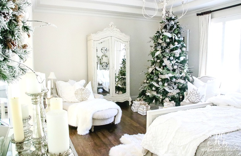 French country Christmas bedroom - love the Christmas tree in the corner