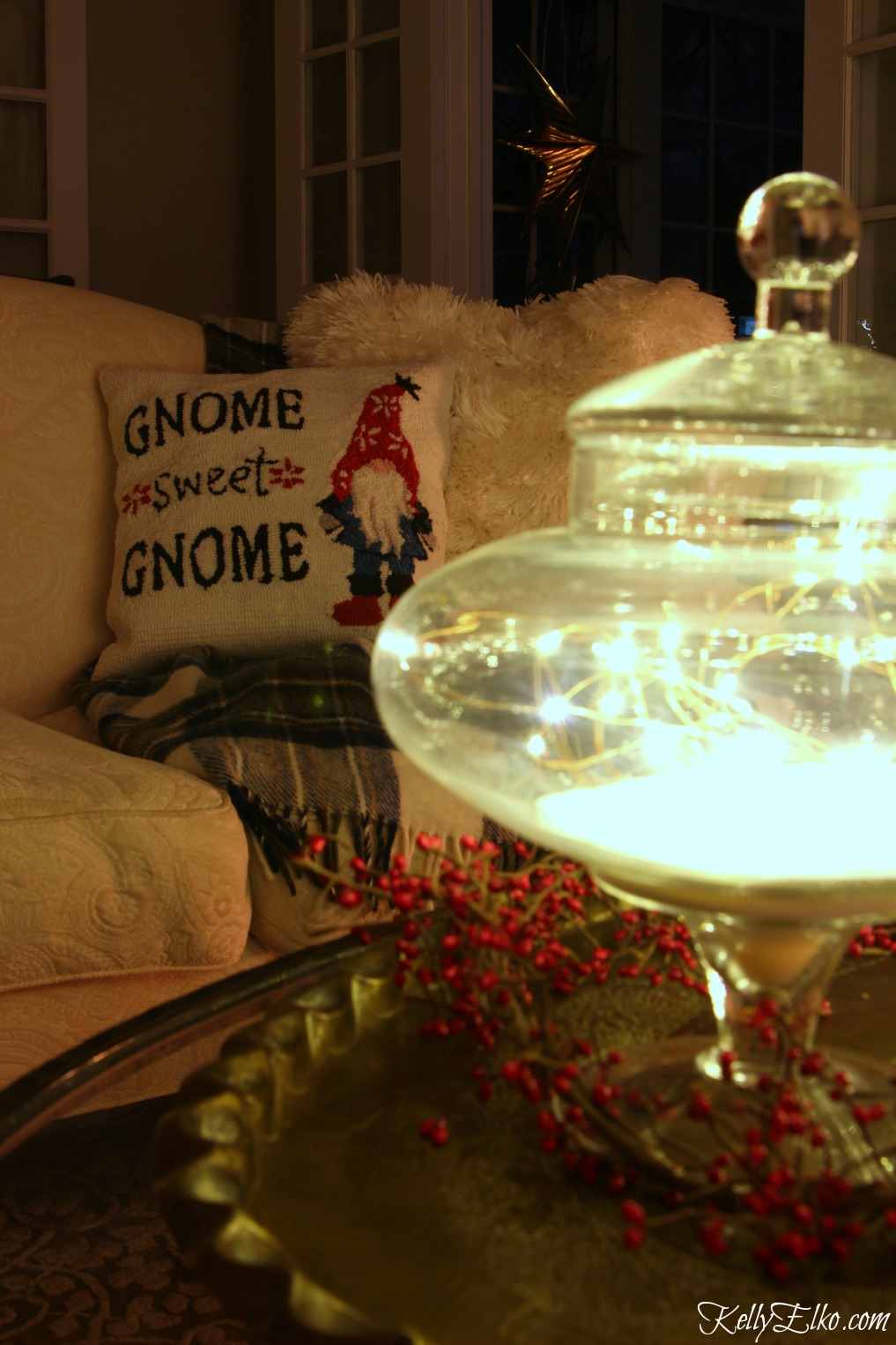 Christmas Lights at Night Home Tours - 35 homes by the glow of light - love the jar of fairy lights kellyelko.com
