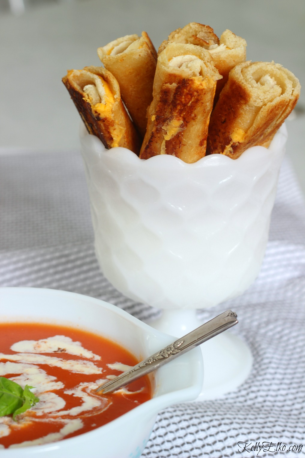 Grilled Cheese Dippers - serve them with your favorite soup kellyelko.com