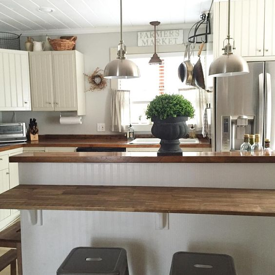 Eclectic White Kitchen: Eclectic Home Tour