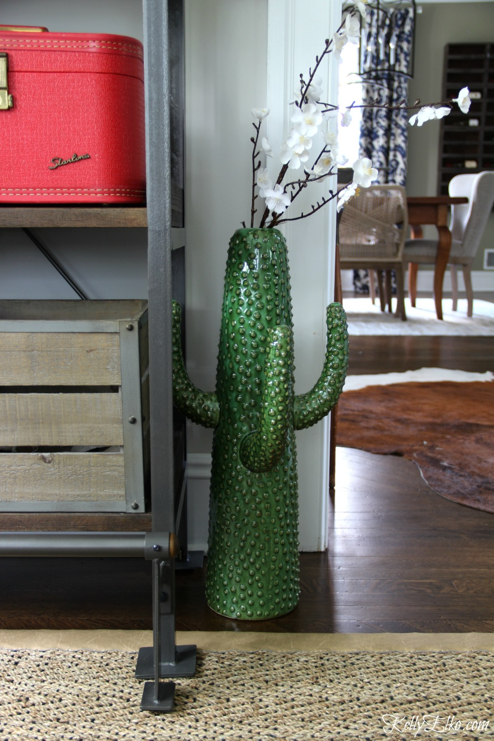 Love this whimsical cactus vase kellyelko.com