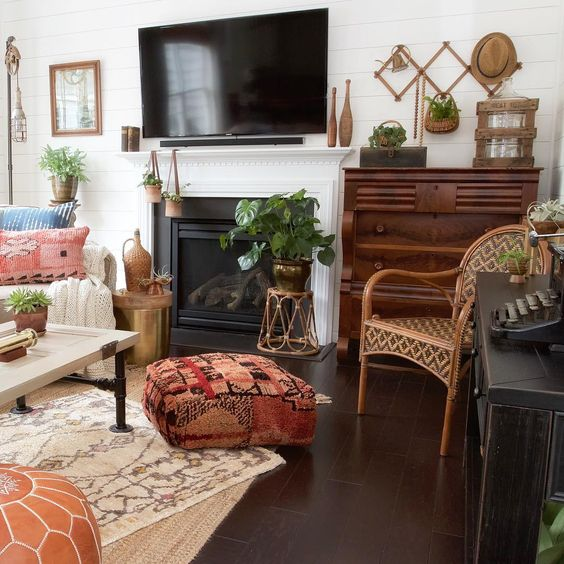 Cozy, eclectic family room kellyelko.com