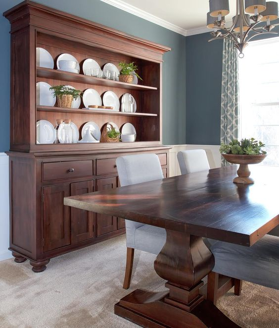 Hutch-dining-room-white-china