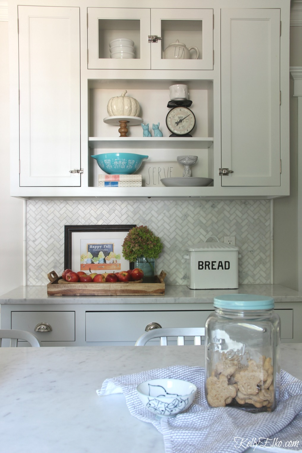 White farmhouse kitchen with open shelves kellyelko.com