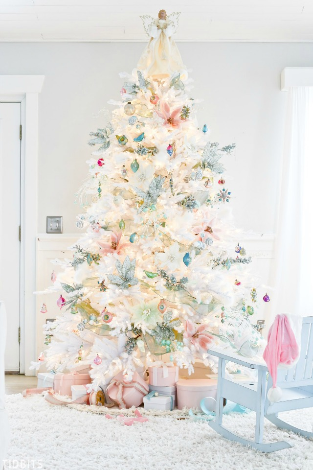 Creative Christmas Decorating Ideas - love this amazing white Christmas tree with pastel ornaments