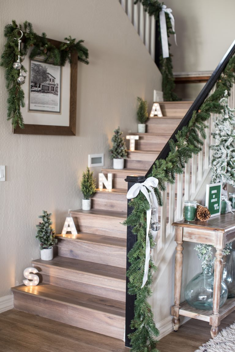 Creative Christmas Decorating Ideas - love the Santa letters on the staircase