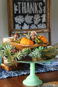 Clearing the Clutter and My Thanksgiving Table
