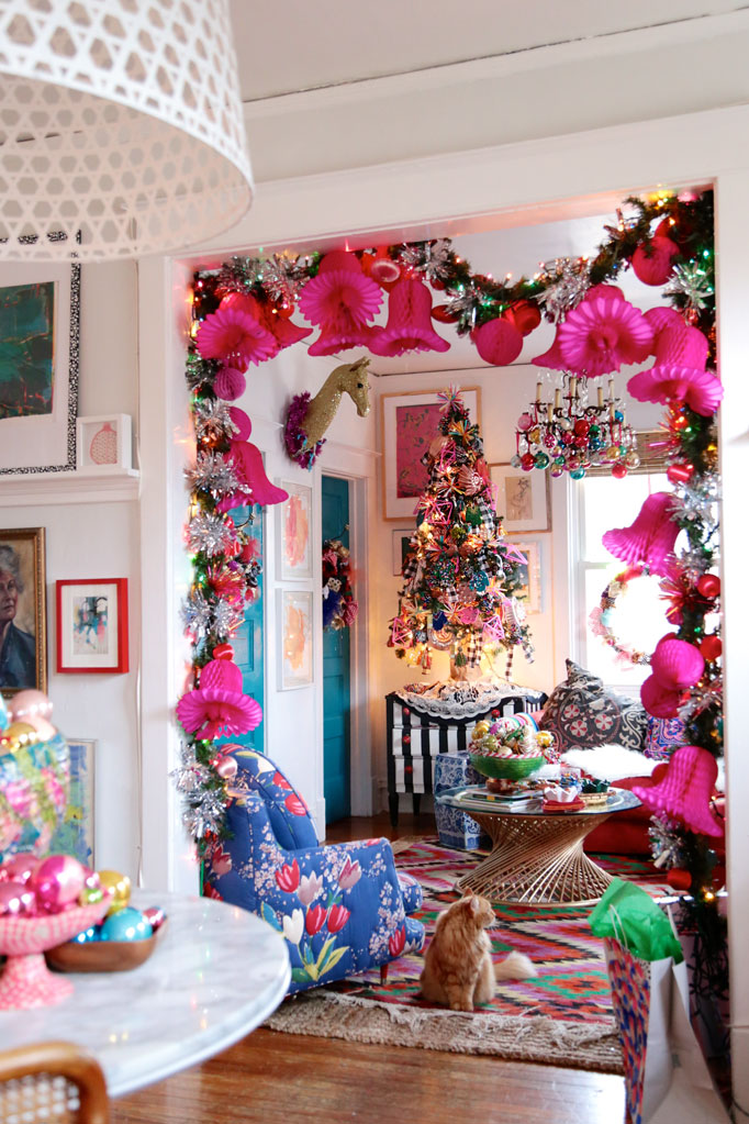 Christmas Home Tour - love this fun whimsical pink garland