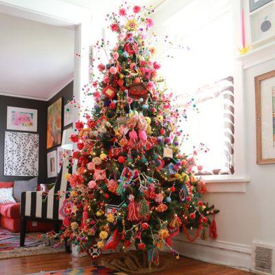Christmas Eclectic Home Tour Aunt Peaches kellyelko.com
