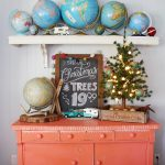 Eclectic Home Tour Christmas Edition - Robb Restyle kellyelko.com