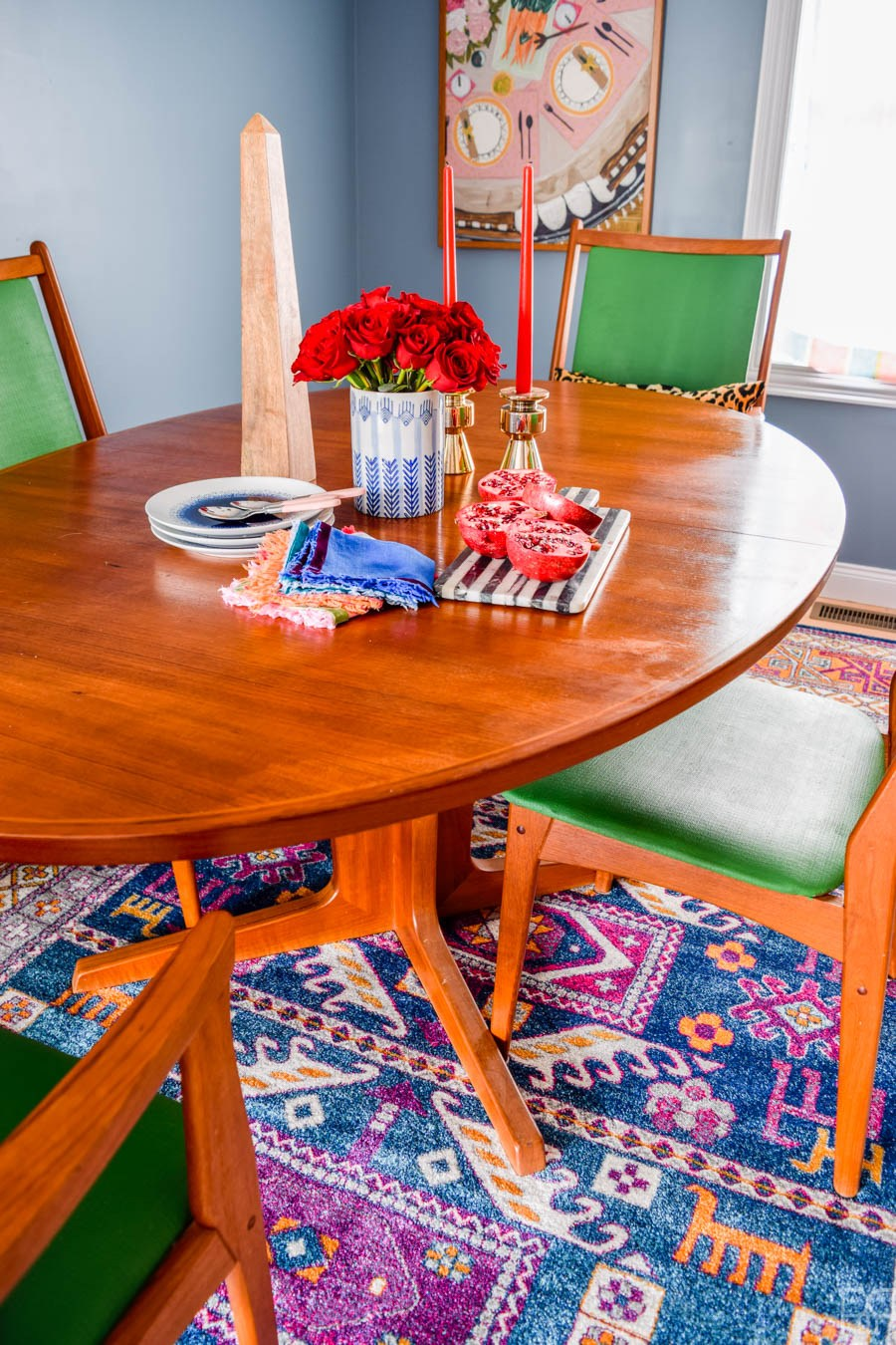 Eclectic Home Tour of PMQ for Two - get tons of renter friendly decorating and DIY ideas - love this colorful mid century dining room