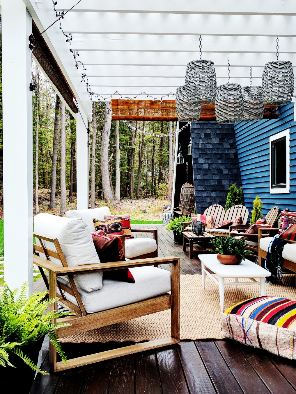 Eclectic Home Tour - Insieme House - tour this tiny house that has a gorgeous outdoor deck with boho flair