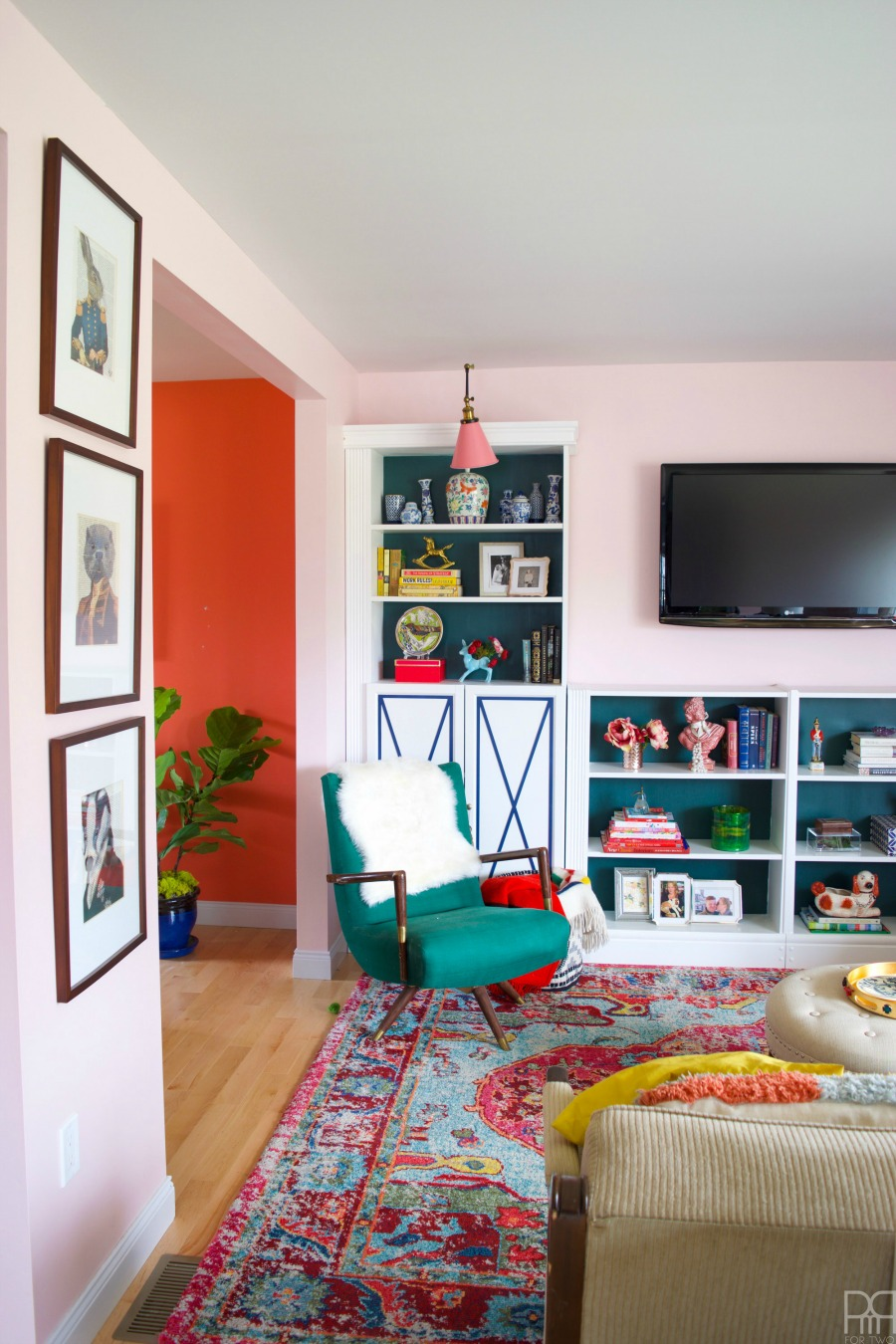Eclectic Home Tour of PMQ for Two - get tons of renter friendly decorating and DIY ideas like the inexpensive bookcases that look like custom built-ins