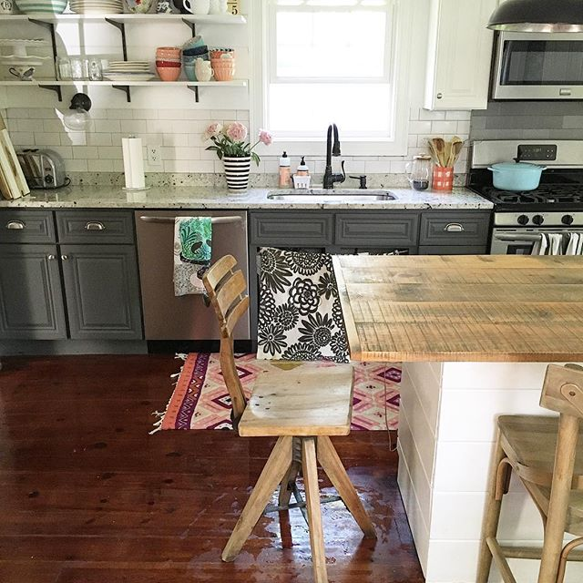 Eclectic Home Tour of Liv and Grace Restored - love this charming farmhouse kitchen with gray lower cabinets and open shelves kellyelko.com