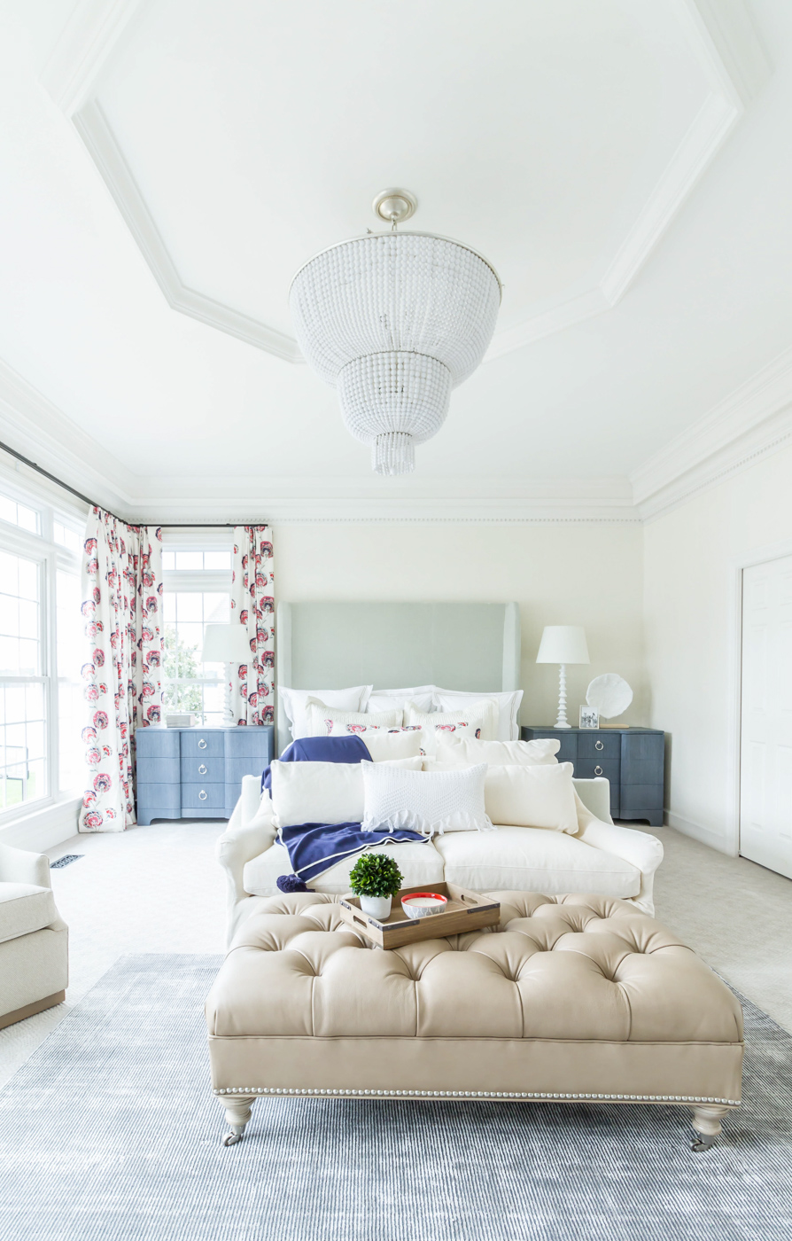 Eclectic Home Tour - love this huge master bedroom with blue nightstands and room for a seating area #masterbedroom #bedroom #bedroomdecor