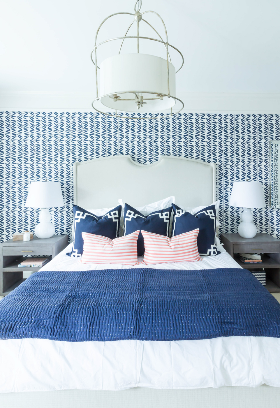 Eclectic Home Tour - love the graphic blue wallpaper #bedroom #bluebedroom #bedroomdecor #wallpaper