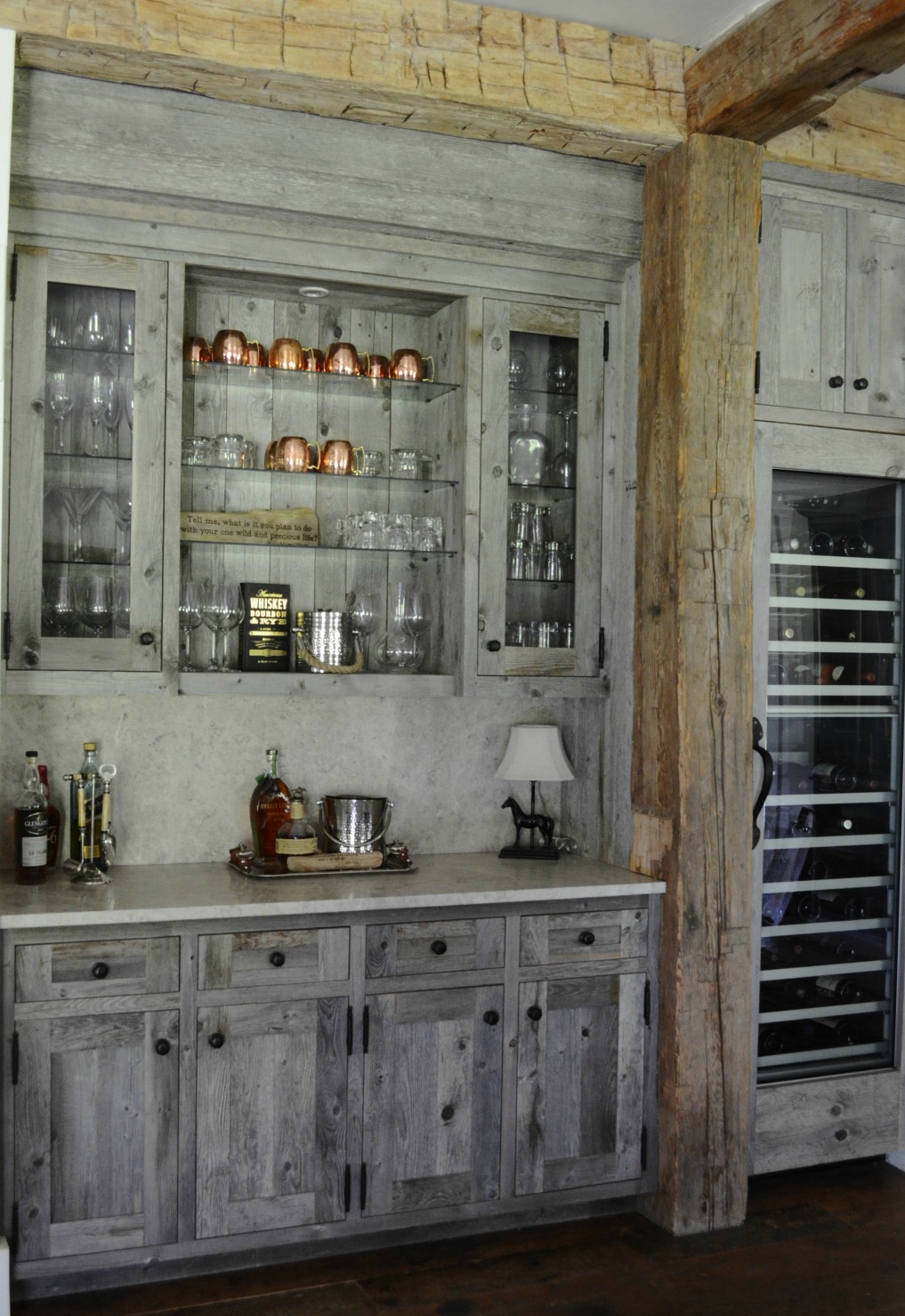Eclectic Home Tour of Sanctuary Home - welcome to Crow Hollow Ranch. This 500 acre property is complete with farmhouse, guest house and rustic cabin kellyelko.com #hometour #kitchen #rusticdecor #barnwood #whitekitchen #homedecor #bar