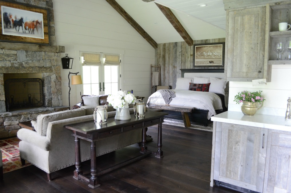 Eclectic Home Tour of Sanctuary Home - welcome to Crow Hollow Ranch. This 500 acre property is complete with farmhouse, guest house and rustic cabin kellyelko.com #hometour #smallhouse #rusticdecor #barnwood #whitekitchen #homedecor