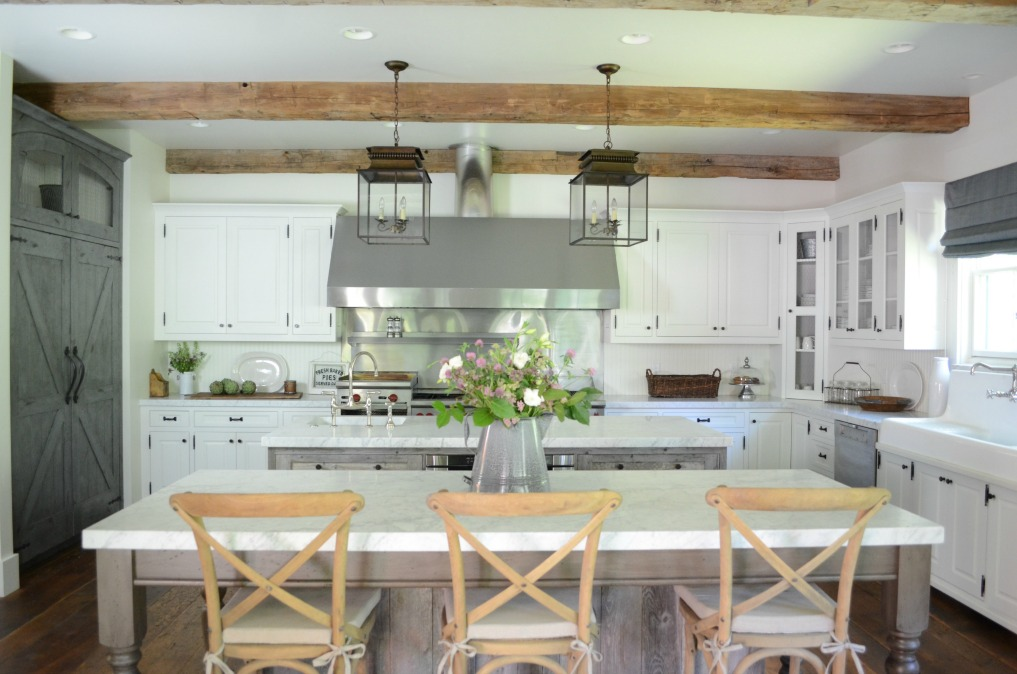 Eclectic Home Tour of Sanctuary Home - welcome to Crow Hollow Ranch. This 500 acre property is complete with farmhouse, guest house and rustic cabin kellyelko.com #ranch #hometour #kitchen #farmhouse #whitekitchen #rusticdecor