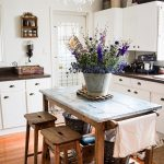 Eclectic Home Tour - B Home Vintage kellyelko.com #farmhouse #farmhousedecor #kitchen #farmhousekitchen #kitchenisland #housetour