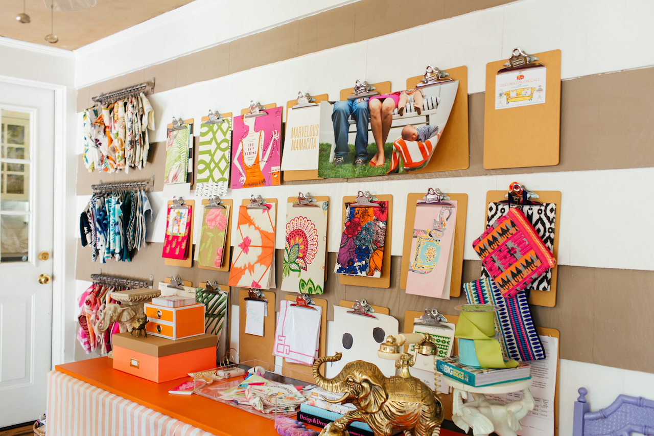Eclectic Home Tour of Effortless Style Interiors - this is a color lovers dream home and I love the clipboard organization! kellyelko.com #organization #colorlovers #interiordecor #interiordesign