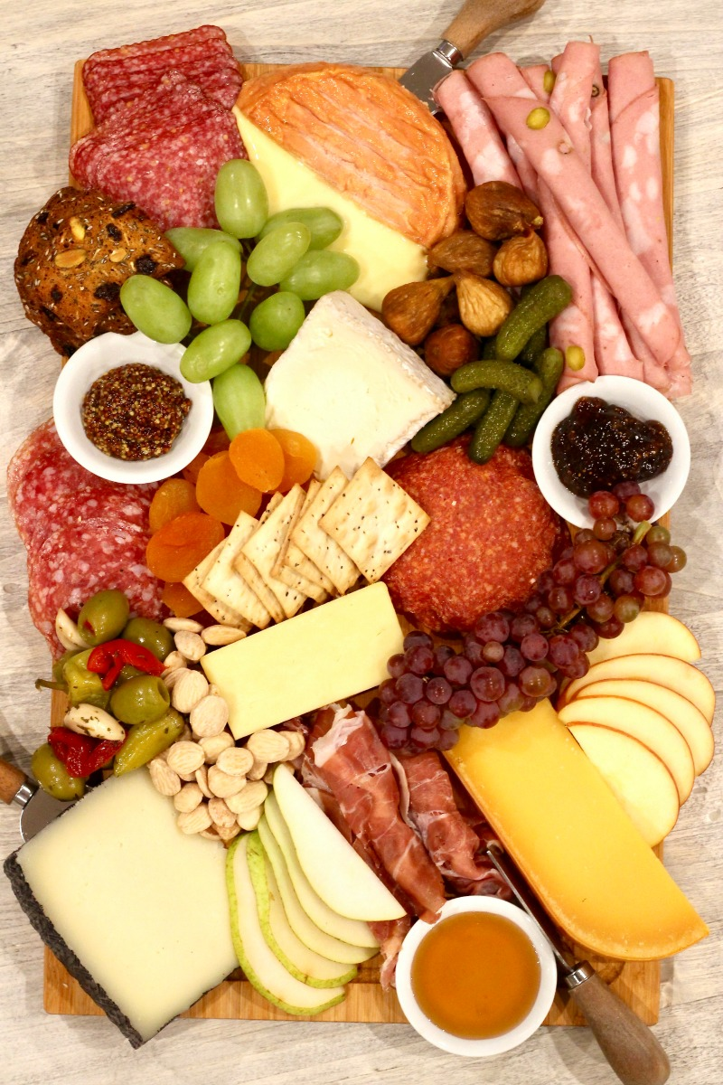 How to Make an Epic Charcuterie Board kellyelko.com #charcuterie #charcuterieboard #appetizers #snacks #partyfood
