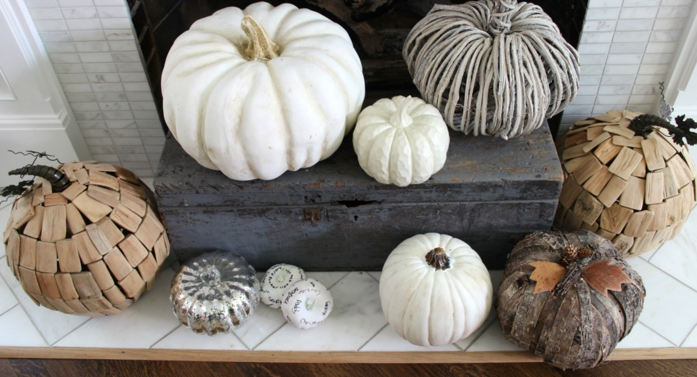 neutral-pumpkins-hearth-fall-mantel