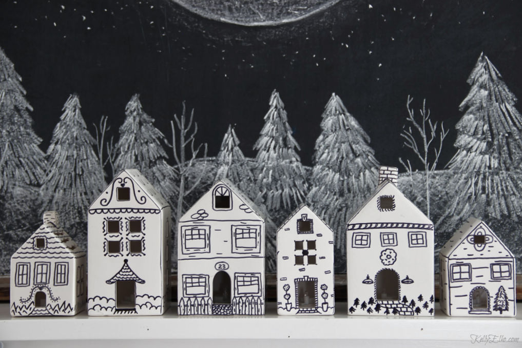 See how to make these doodle houses kellyelko.com #christmasdecor #diychristmas #diychristmasdecor #christmasvillage #christmasart #chalkart #chalkboardart #doodle #kellyelko