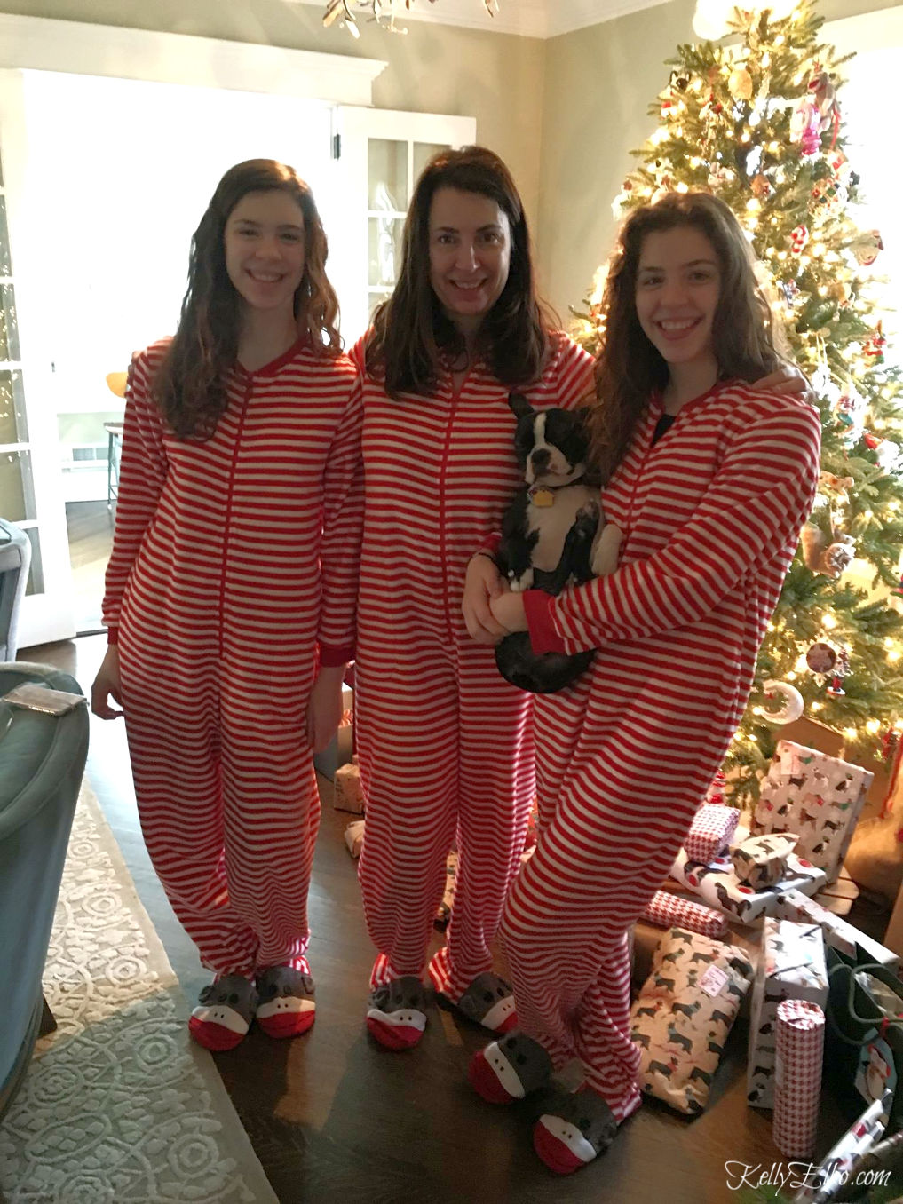 Start a fun family tradition with matching Christmas pajamas for the whole family kellyelko.com #christmas #christmaspajamas #christmastraditions