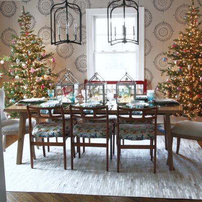 Shiny Brite Christmas Dining Room - love the fun retro look of this table and trees kellyelko.com #shinybrites #vintagechristmas #christmasdecor #christmastree #christmasornaments #christmaslights #christmastable #christmasdinigroom #retrochristmas