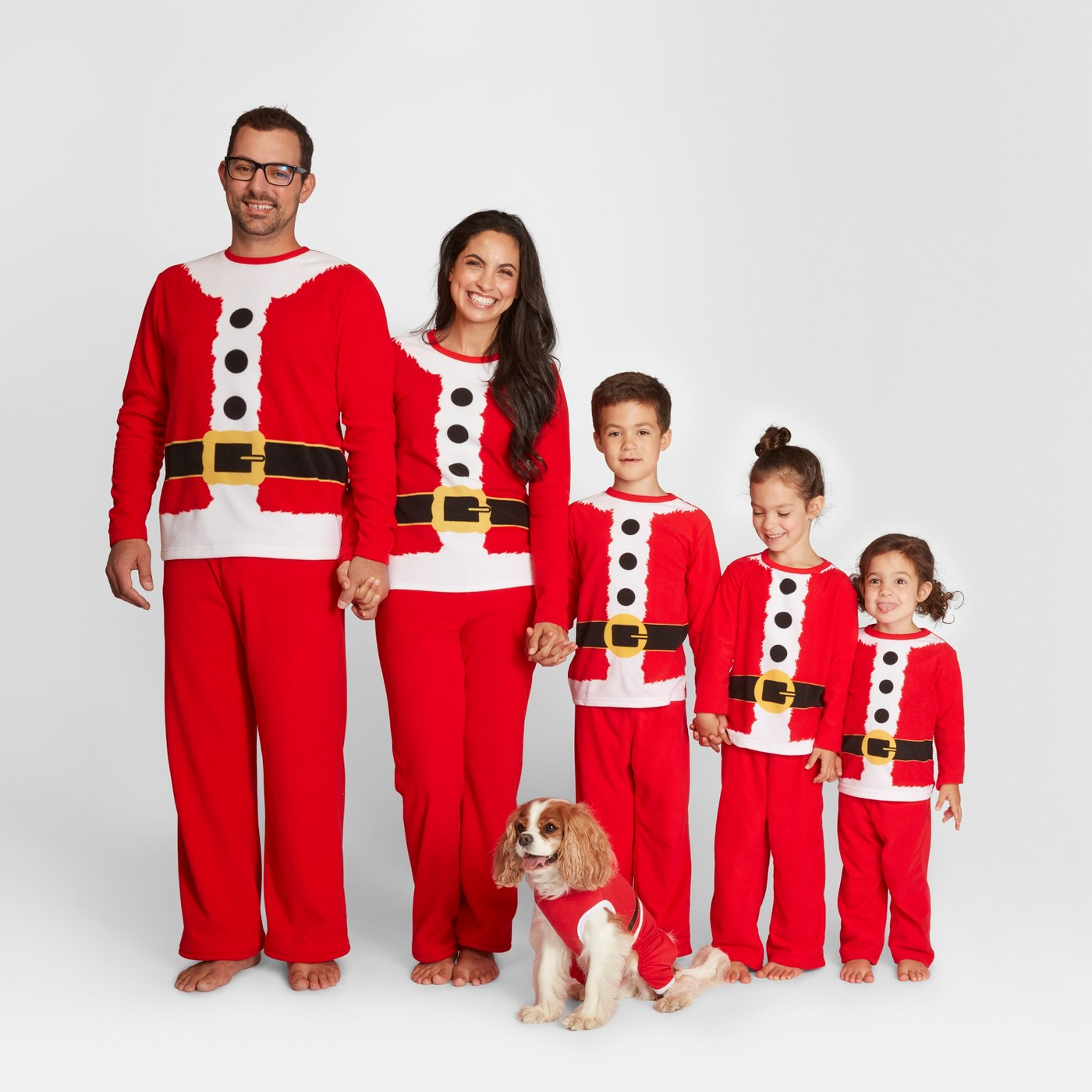 Family Christmas pajamas - love the Santa pajamas kellyelko.com #christmaspajamas #christmas #christmastraditions
