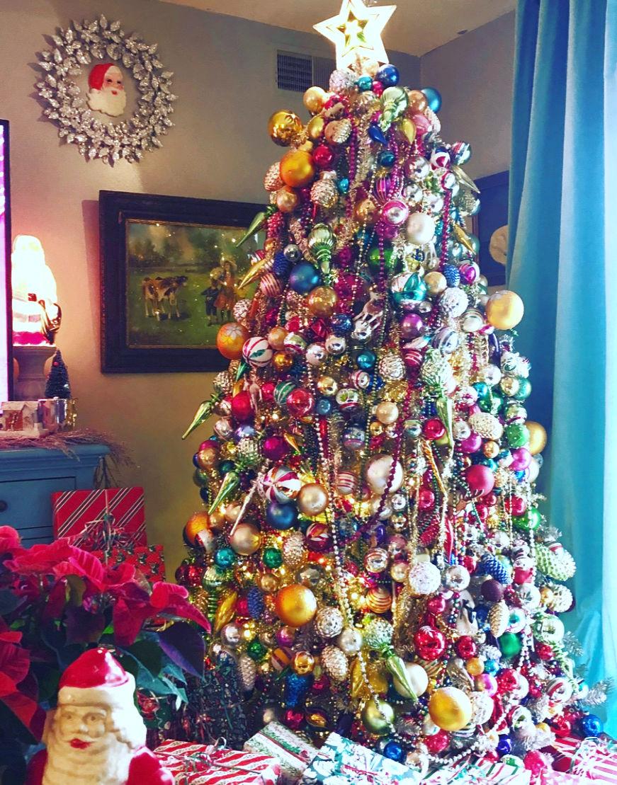 Christmas Display Ideas.Shiny Brite Christmas Creative Display Ideas Kelly Elko
